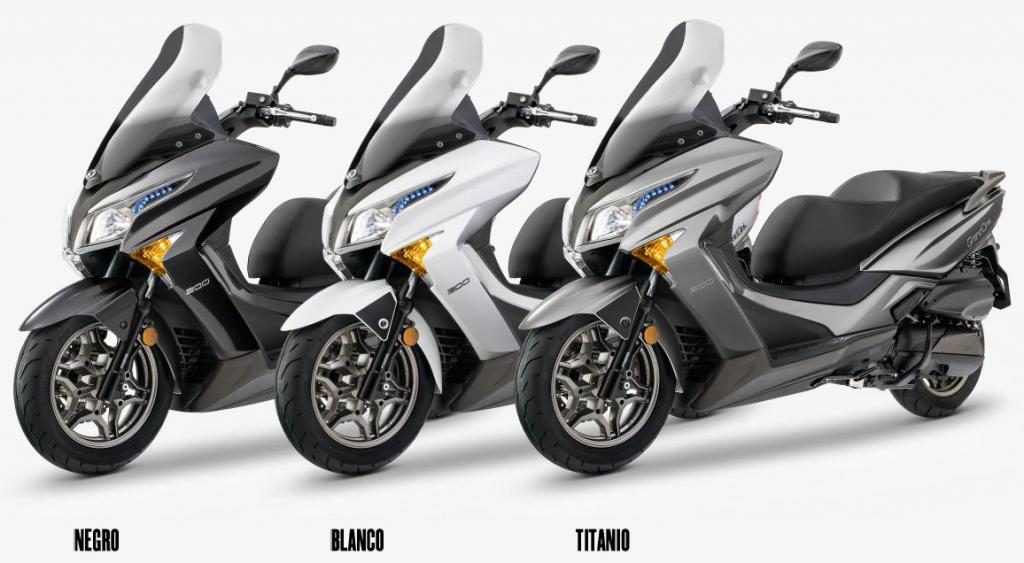 todo es nuevo en el kymco grand dink 300 abs scooters kymco madrid. Black Bedroom Furniture Sets. Home Design Ideas